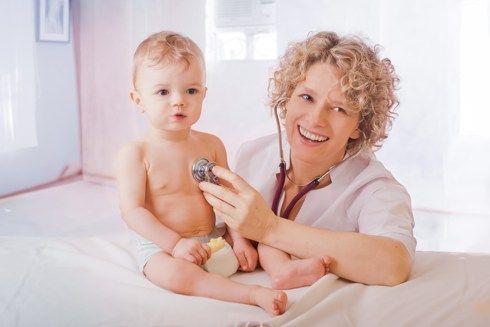 bebé vacunado