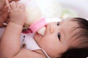 quitar el hipo a los bebés