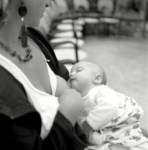 lactando bebe