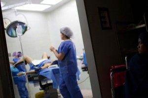 parto medicalizado incrementa cesáreas