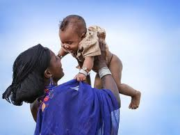 el instinto maternal, es real
