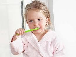 el cepillo en bebés