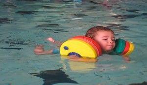 las piscinas, aprender a nadar