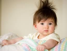 cortal el pelo al bebé