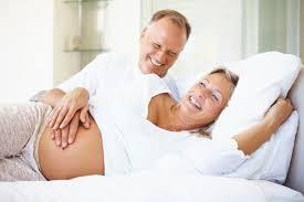 la mujer embarazada