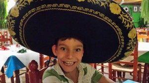 Adrian martín, un ejemplo de fuerza y superación de un niño con una gran voz y sentimiento