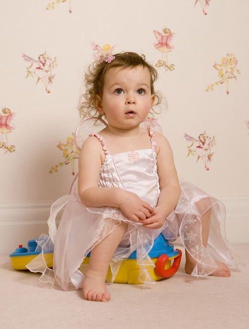 toddler_sitting_smallcopy