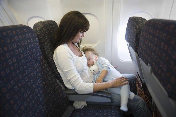 viajar con nenes avion