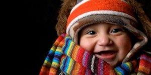 Abrigar a bebes y niños