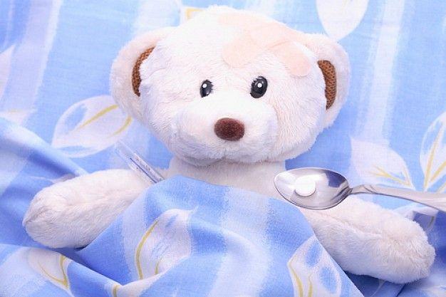 Baño En Ninos Con Fiebre:Teddy Bear with Thermometer